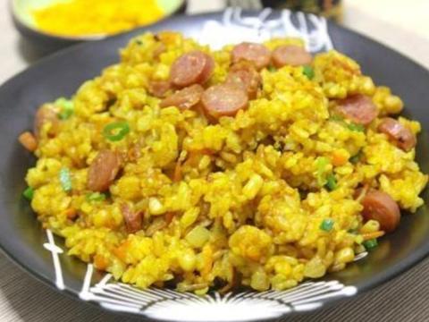 美食分享:姜黄牛肉炒饭、豉香炒面筋、素拌银耳的简单做法