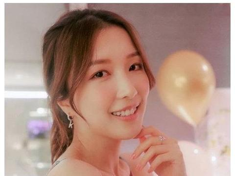 李泽楷被小26岁女友高调表白,两人疑好事将近?不愧是港姐季军