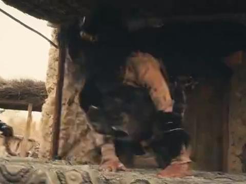 降魔武僧:男子说他们师兄二人穿越数千年,就是为了来找圣童!