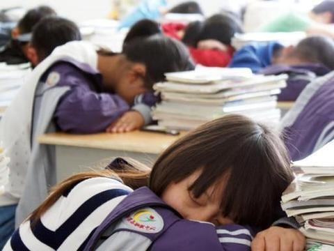 """""""孩子挺聪明,就是不好好学"""",老师的言外之意,家长读懂了吗"""