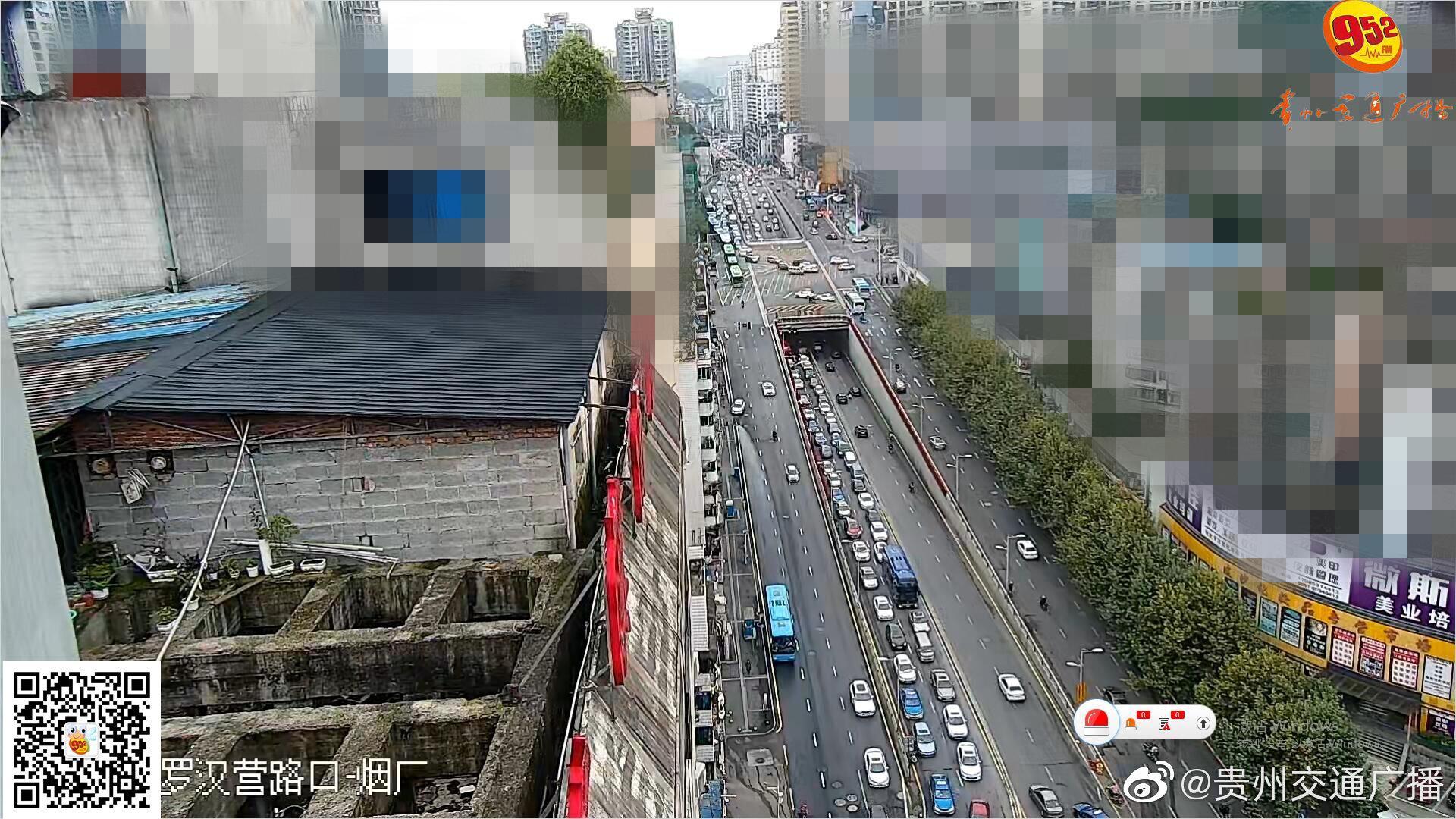 浣纱路,花香村往浣纱桥公交车站方向车多缓行……