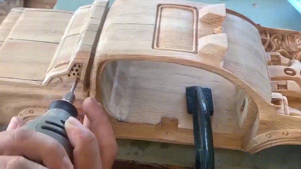 一辆木质玩具车,硬是被他做成了我买不起的样子