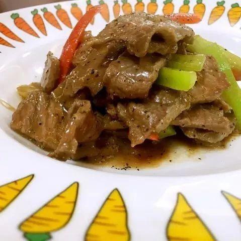 秋季吃牛肉好处多多!这道私房菜简单易做,让你不爱都难!