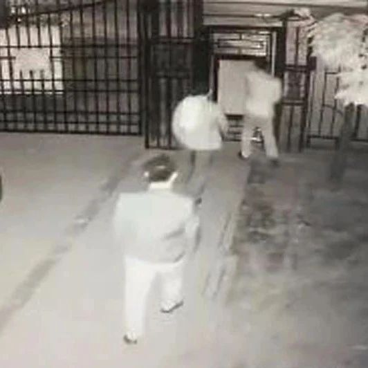 哈市一31岁小伙酒后掉进小区化粪池身亡!家属索赔100万!(视频)