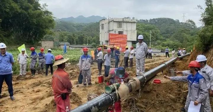 """""""县县通""""天然气更近一步!陆川天然气支线管道工程顺利打火开焊"""