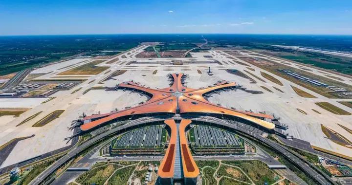 大兴国际机场,一周岁生日快乐!未来将在三地建城市航站楼