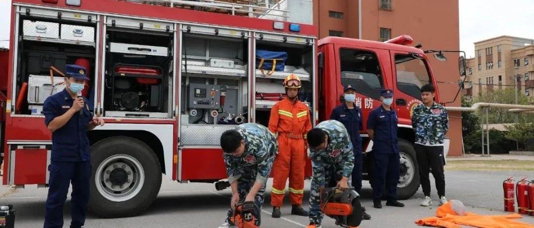 """天津特勤多点聚集助力消防""""进军训""""走深迈实"""