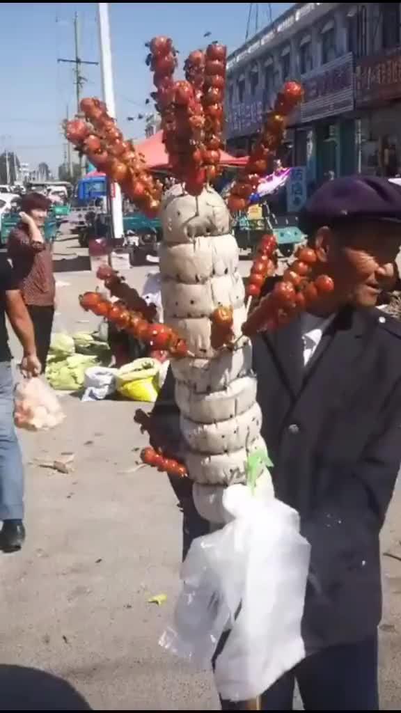 大爷你是卖糖葫芦还是卖蜜蜂