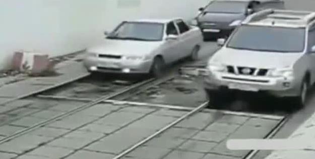 行车安全你我他! 一条路验证你是不是老司机?!