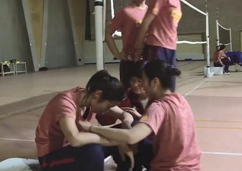 朱婷因演技登热搜榜!片场触景生情,两度崩溃大哭感染所有人