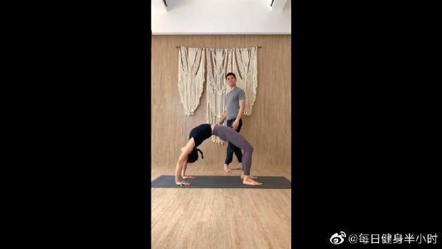 为什么瑜伽大师都很长寿?脊柱柔韧是关键