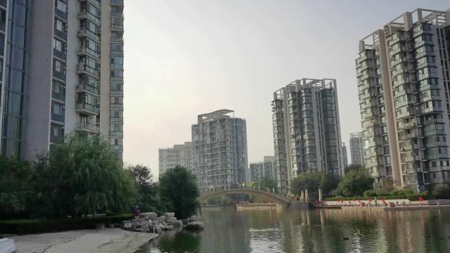 """融创在北京的第一个楼盘""""顺驰领海""""……"""