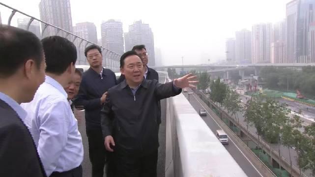 王浩督导检查主要迎宾路改造提升工作