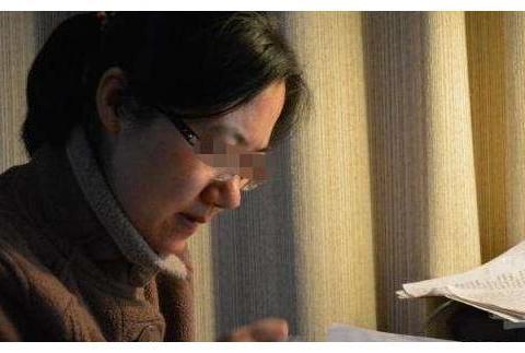 """小学生满分作文《孤独》,通篇没有""""孤独""""二字,却看哭的老师"""