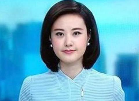 她是央视知名主持人,曾是重庆最美高考状元,今38岁依然孤身一人