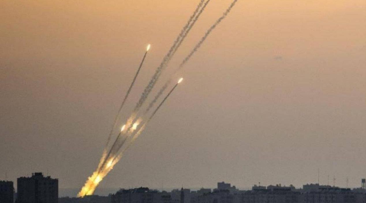 防空警报突然拉响,10多枚导弹飞向核心城市,一场战斗凌晨打响