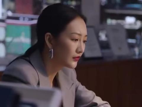 精英律师:蓝红即将离开,写信和罗槟告别,回忆以前的种种太虐心