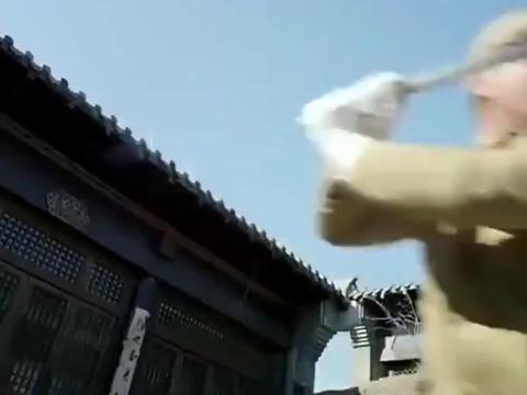 日军大佐单挑特战队高手,打输还想逃,高手将他一枪击杀!