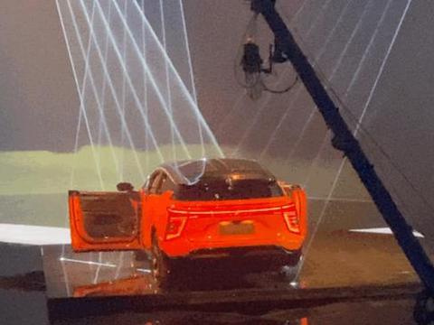 中国自主品牌的豪华新能源车什么样?