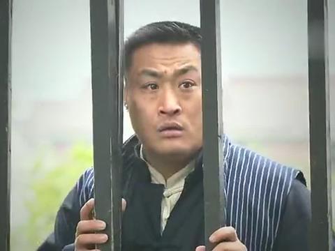 天涯赤子心:叶伟文假仁假义,为了挽回自己地位,才冲进火场救人