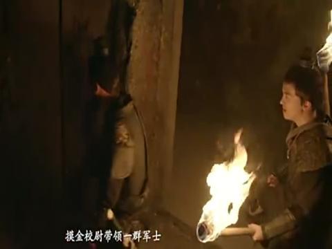 人点烛,鬼吹灯,盗墓贼看到棺材不淡定了