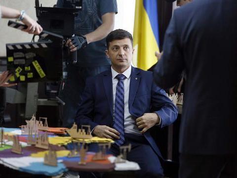 俄罗斯须打起精神,乌克兰发生重大空难事故,美欧不会善罢甘休
