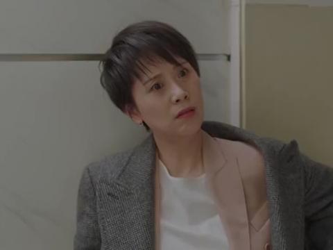小欢喜:童文洁醉酒,质问宋倩:你要不忘初心,都成塑料姐妹花了