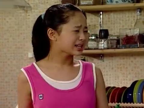 家有儿女:刘星非要摔花瓶,姥姥疑惑,招谁惹谁了?