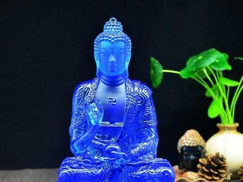 释迦摩尼五百大愿:雕画佛菩萨像