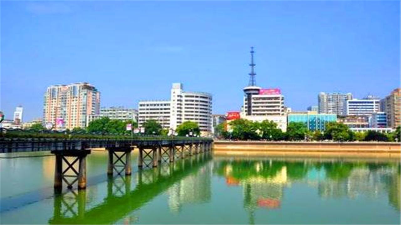 """上饶最幸运的县城,被昌景黄高速""""砸中"""",未来值得期待"""