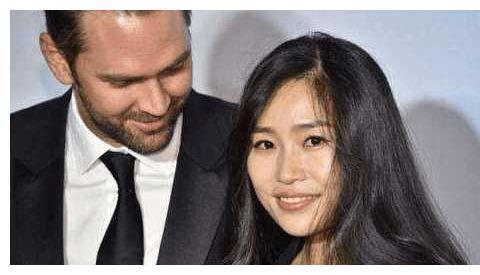 张艺谋洋女婿高大帅气,曾在清华大学留学一年,中文名中国风十足