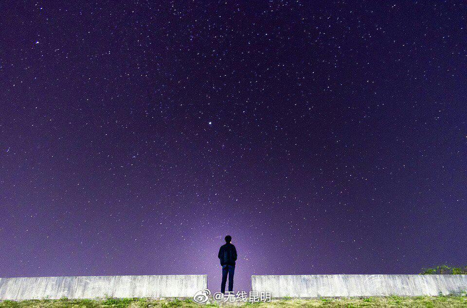 不要为小事遮住视线,我们还有更大的世界。晚安!