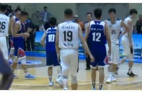新赛季临近,杜锋带领广东男篮野球场捞金,他会被姚明处罚吗?
