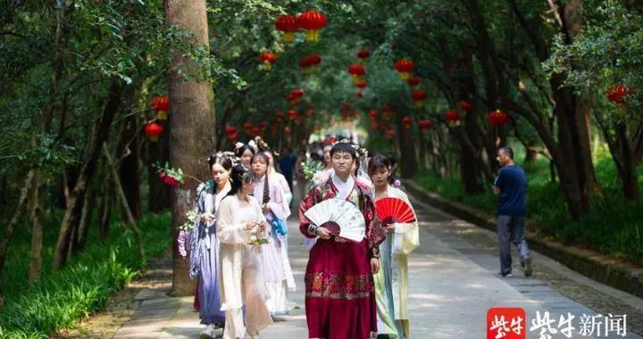 2020年南京灵谷桂花节开幕,国庆长假钟山风景区等你打卡