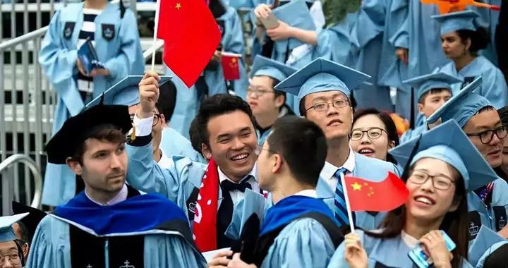 英国包机接中国留学生后,澳国际教育协会:恐流失大批生源
