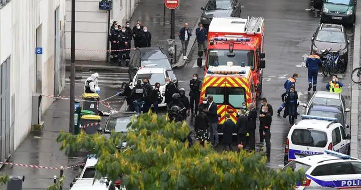 法国巴黎发生持刀袭击案 政府启动涉恐调查