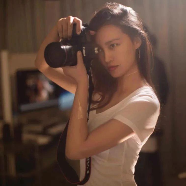 中国最性感摄影师,北京五环外造房,来的明星都赞:太出世了!