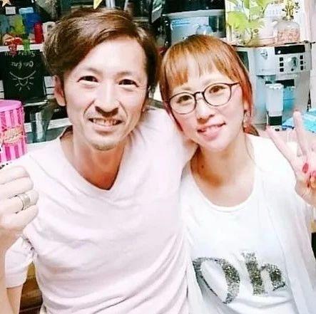 """日本夫妇结婚24年生12娃,网友群嘲""""太令人窒息"""",结果生活却啪啪打脸...."""