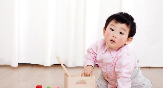 """孩子智力开发早教不是好的方法吗?是父母的""""感官教育"""""""