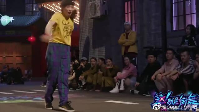 这!就是街舞:感觉女生跳locking比较有味道……
