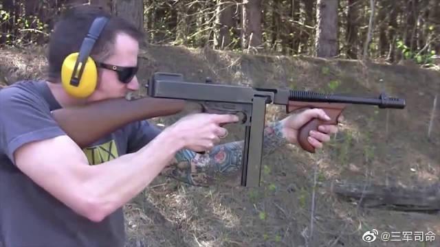 枪械收藏家的珍品,传说中的芝加哥打字机汤普森冲锋枪