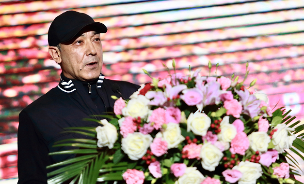 新疆男篮出征大会!阿的江豪言夺冠,阿布都接队旗,周琦迎良机