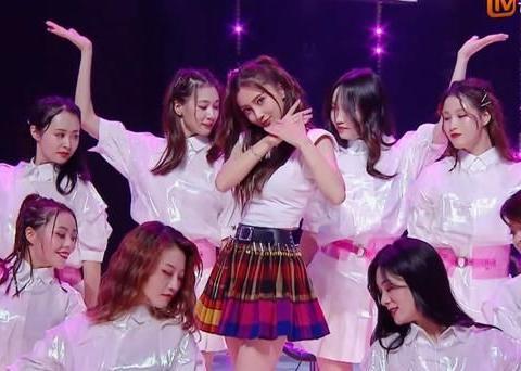 谢娜发文称首次挑战女团舞,网友喊话:你把青你2的舞放在哪?