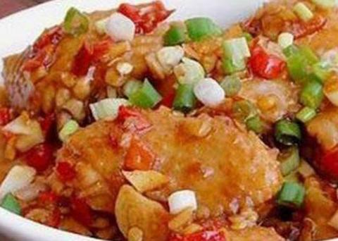 美食优选:煎茄子,家常炒茧蛹,春笋炒木耳,鸡中翅的做法