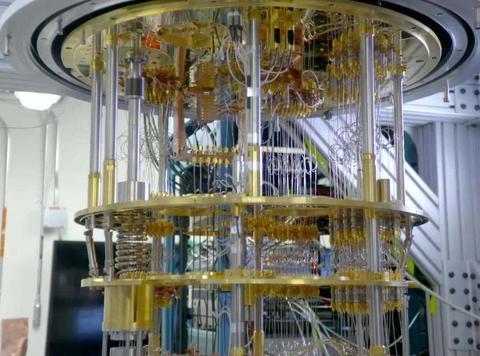 比美国快100万倍,中国造出顶尖量子计算机,再也不怕被卡脖子