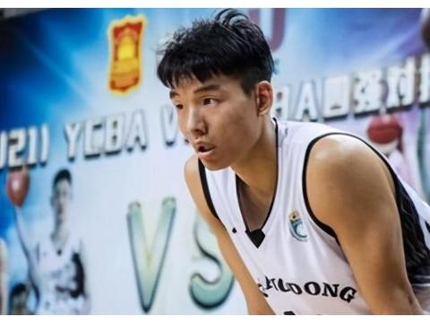 青年球员摇篮!广东宏远量产2米小前锋,杜锋爱徒马力克难进轮换