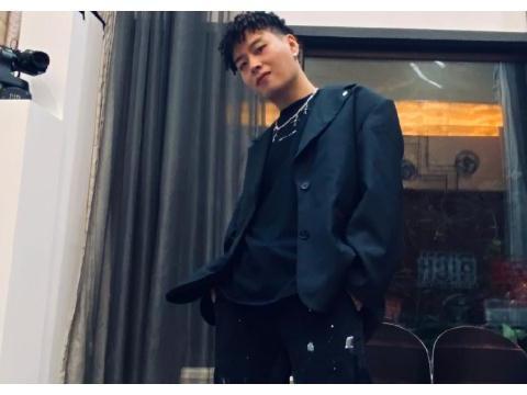 中国新说唱有剧本?继小青龙后AnsrJ疑退赛,节目认证取消引热议