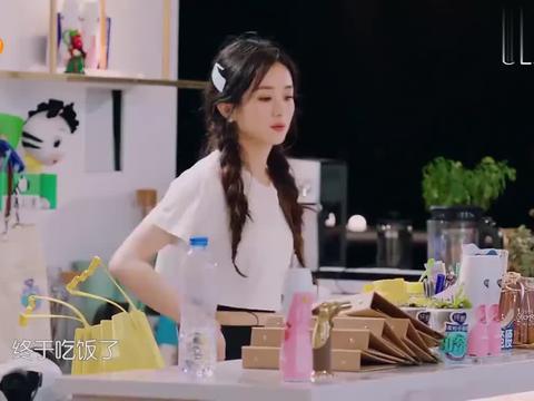 中餐厅4:林大厨的拿手炒面,配上赵丽颖的拍黄瓜,刘宇宁吃嗨了