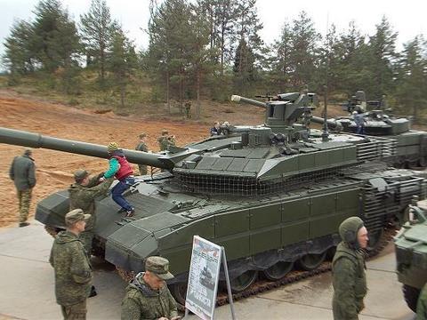 最新版本T-90主战坦克有多强?作战性能仅次于阿玛塔!