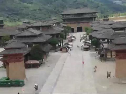 带你走进贵州最大的影视城,一点都不输横店影视城,太壮观了